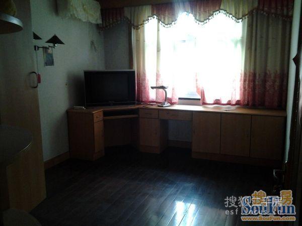 皇宫半岛精装修大两房满五年少税,抄底惠南镇市场价别