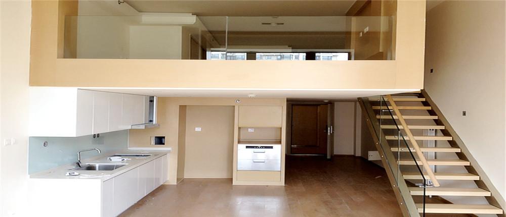 合生世界村 精装迷你小复式 悬空式卧室 开放式厨房 非常时尚图片