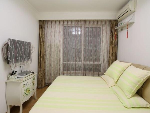 欧式卧室有暖气片榻榻米装修效果图大全