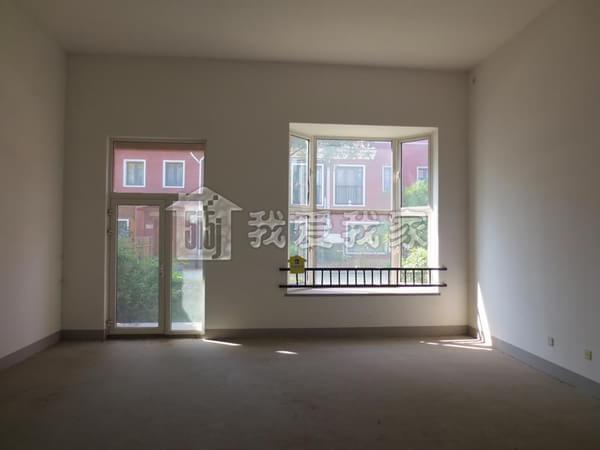 主做别墅 园墅别墅 客厅挑高6米多 边户联排 花园120平