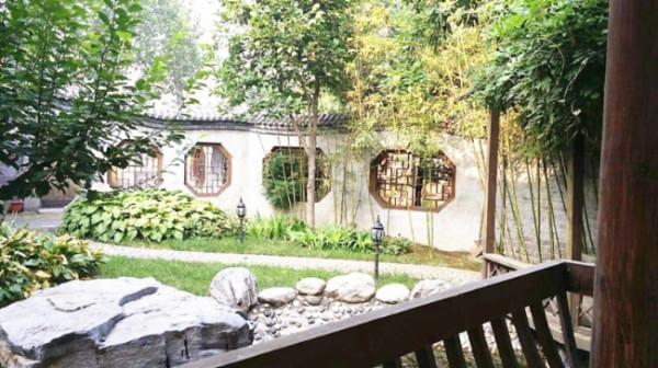 易 郡山庄 四合院别墅豪华装修 700坪苏式荷塘大花园