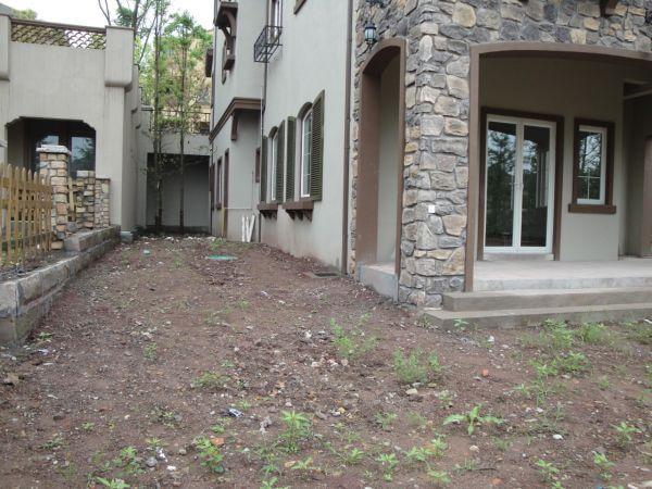 庆隆高尔夫围墙别墅让你看了就不想走的森林联排别墅打天然图片