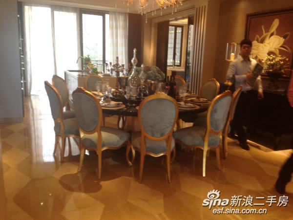 星河湾海怡半岛 岛尖上的豪宅 专梯专户 样板房即为交