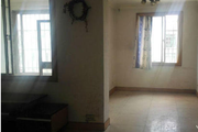 云山小区旁白龙小区2室2厅65平米空房1500急租