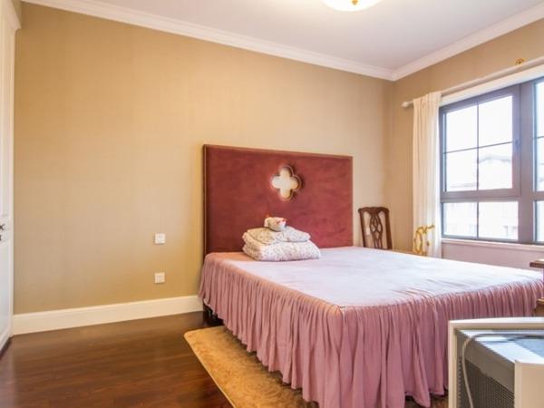 金色漫香苑,经典大三居,顶层带阁楼,豪华装修
